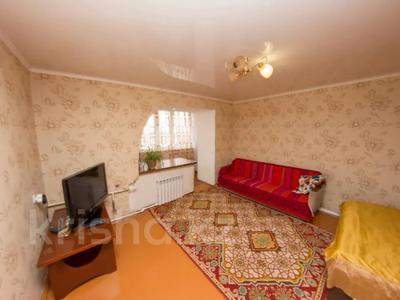 1-комнатная квартира, 35 м², 5/5 этаж посуточно, Партизанская 44 — Мира за 5 500 〒 в Петропавловске — фото 3