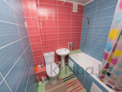 1-комнатная квартира, 35 м², 5/5 этаж посуточно, Партизанская 44 — Мира за 5 500 〒 в Петропавловске — фото 8