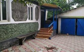 3-комнатный дом помесячно, 65 м², 3 сот., мкр Алтай-2, Поддубного 20 за 100 000 〒 в Алматы, Турксибский р-н