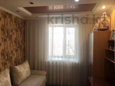3-комнатная квартира, 62 м², 1/5 этаж, Восток 3 9 за 12 млн 〒 в Караганде, Октябрьский р-н