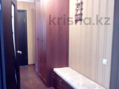 3-комнатная квартира, 62 м², 1/5 этаж, Восток 3 9 за 12 млн 〒 в Караганде, Октябрьский р-н — фото 13