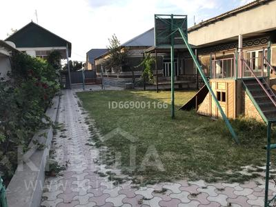 11-комнатный дом, 1600 м², 1600 сот., Ертис 27 за 43 млн 〒 в Шымкенте, Каратауский р-н