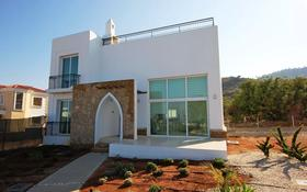 4-комнатный дом, 135 м², 3 сот., Кирения за ~ 56.3 млн 〒 в Гирне
