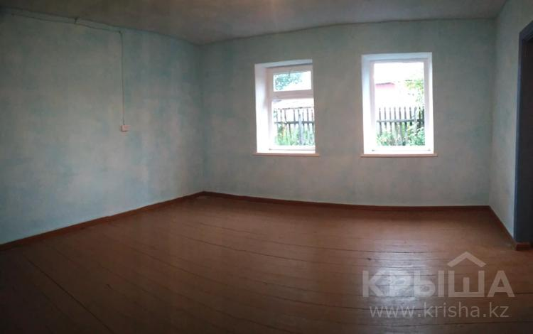 3-комнатный дом, 40 м², Ыскака 40 за 7 млн 〒 в Усть-Каменогорске