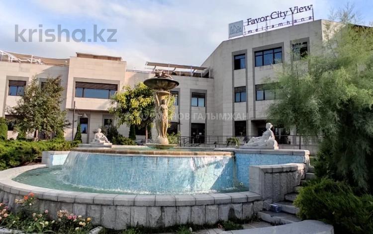5-комнатная квартира, 250.9 м², 2/2 этаж помесячно, Жамакаева 256а за 1.3 млн 〒 в Алматы, Медеуский р-н