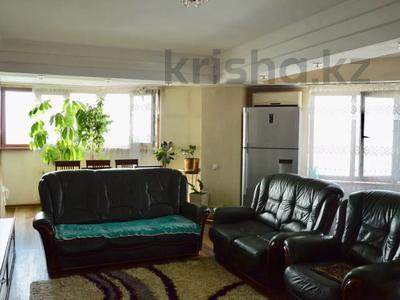 3-комнатная квартира, 90 м², 11/16 этаж посуточно, Байсетовой 49 — Сатпаева за 13 000 〒 в Алматы