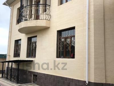 6-комнатный дом, 220 м², 8 сот., Самал-1 за 75 млн 〒 в Шымкенте, Абайский р-н — фото 2