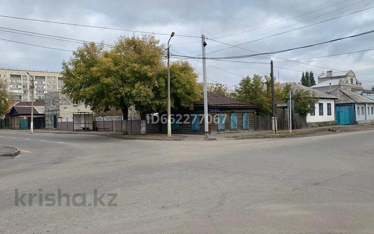 3-комнатный дом, 50 м², 6 сот., Астана 253 — Чокина за 15.5 млн 〒 в Павлодаре
