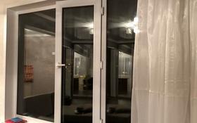1-комнатная квартира, 37 м², 5/5 этаж, Жанасемейская — Ауэзова за 7.9 млн 〒 в Семее