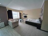 1-комнатная квартира, 60 м², 3/12 этаж посуточно