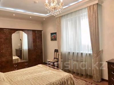 4-комнатная квартира, 220 м², 8/20 этаж, Достык 160 — Жолдасбекова за 98 млн 〒 в Алматы, Медеуский р-н — фото 9