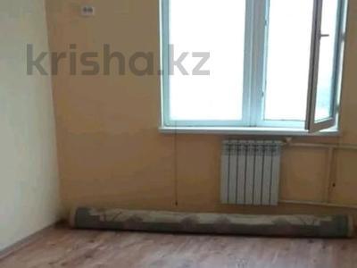 3-комнатная квартира, 76 м², 5/6 этаж помесячно, 33 мкр 30 за 90 000 〒 в Актау — фото 3
