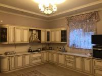 5-комнатный дом помесячно, 550 м², 10 сот.