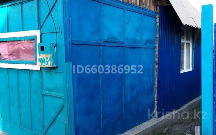 Дача с участком в 6 сот., улица Правый Восточный Массив за 1.6 млн 〒 в Семее