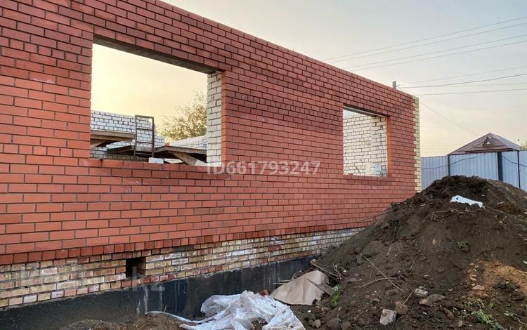 1-комнатная квартира, 45 м², Ихсанова 86 за 9.9 млн 〒 в Уральске