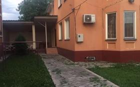 4-комнатный дом помесячно, 150 м², 4 сот., Говорова за 300 000 〒 в Алматы, Медеуский р-н
