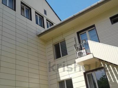 Здание, площадью 2200 м², Муканова — Толе би за 9.5 млрд 〒 в Алматы, Алмалинский р-н — фото 2