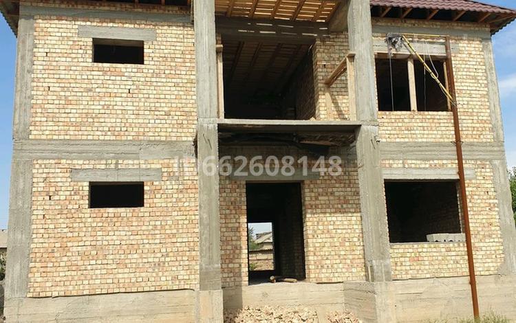 5-комнатный дом, 350 м², 8 сот., Кызылжар 21 — Комсомольская за 19 млн 〒 в Шымкенте, Абайский р-н