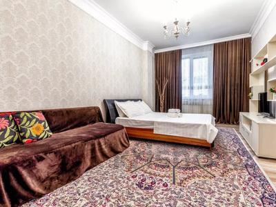 1-комнатная квартира, 45 м², 9/10 этаж посуточно, ул Е-49 1 — Достык за 10 000 〒 в Нур-Султане (Астана) — фото 4