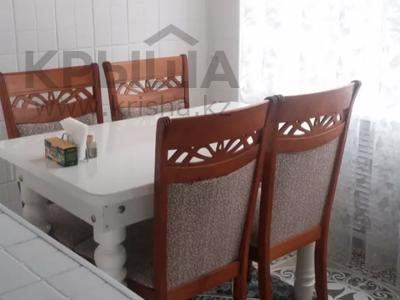 3-комнатная квартира, 65 м², 3/4 этаж посуточно, Бауыржана Момышулы 4 — Туркестанская за 15 000 〒 в Шымкенте, Абайский р-н