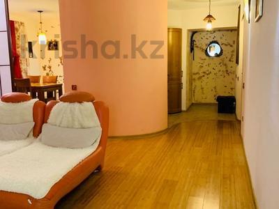 3-комнатная квартира, 120 м², 2/3 этаж помесячно, Маргулана 115 — Естая за 300 000 〒 в Павлодаре — фото 5