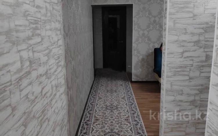 3-комнатная квартира, 59 м², 3/4 этаж, мкр №1, Мкр №1 59 за 19.9 млн 〒 в Алматы, Ауэзовский р-н