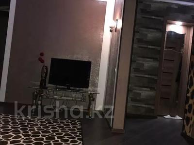 1-комнатная квартира, 40 м², 4/5 этаж посуточно, Алиханова 8А — проспект Бухар жырау за 8 000 〒 в Караганде, Казыбек би р-н — фото 2