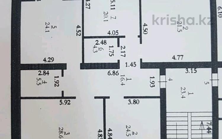 4-комнатная квартира, 148 м², 3/5 этаж, Мустафа Шокай за 27.5 млн 〒 в Актобе, мкр. Батыс-2
