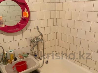 2-комнатная квартира, 45 м², 2/5 этаж, Туркестанская за 15.3 млн 〒 в Шымкенте, Аль-Фарабийский р-н