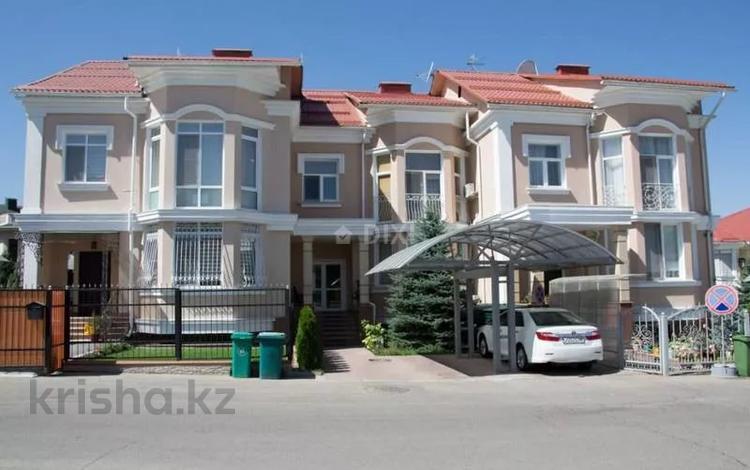 5-комнатный дом, 232 м², 4 сот., Достык — КГ Алем за 239.4 млн 〒 в Алматы, Медеуский р-н