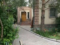 7-комнатный дом, 311 м², 13 сот., Крылова 7 за 70 млн 〒 в Караганде, Казыбек би р-н