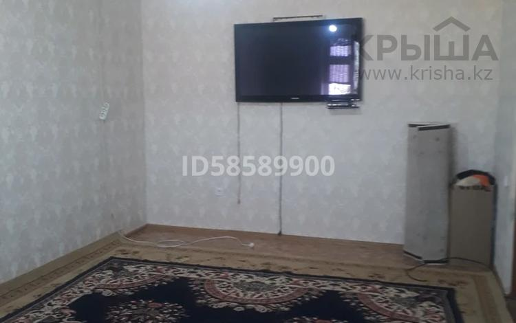 3-комнатная квартира, 69.8 м², 2/2 этаж, 22-й квартал 9 за 10 млн 〒 в Мангышлаке