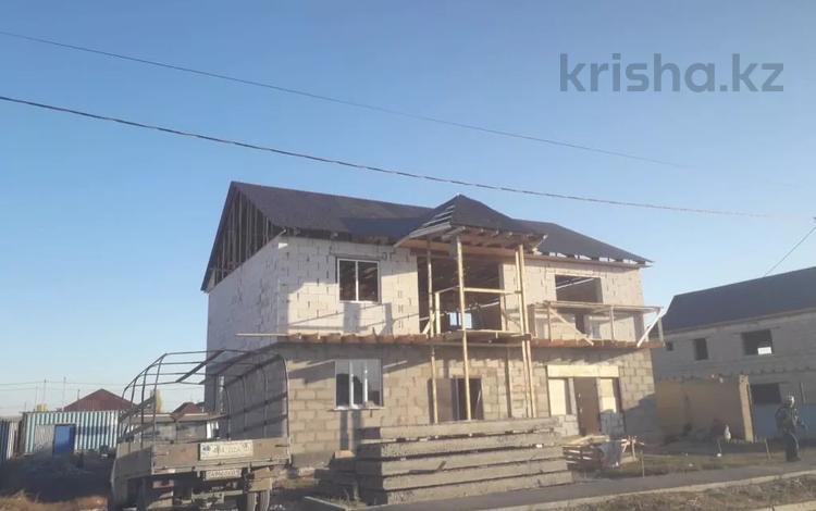 6-комнатный дом, 300 м², 10 сот., Гагарина 131 за 24 млн 〒 в Акмоле