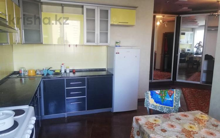 2-комнатная квартира, 64 м², 8/10 этаж, Тархана за ~ 18 млн 〒 в Нур-Султане (Астана), р-н Байконур