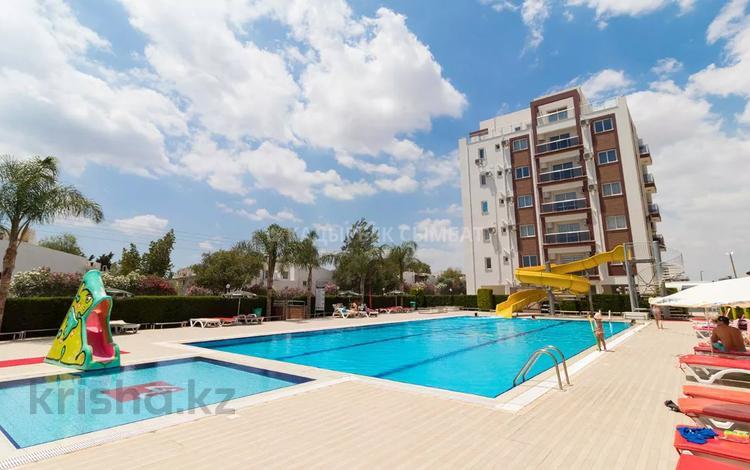 2-комнатная квартира, 54 м², 2/6 этаж, Лонг Бич — Фамагуста за 28 млн 〒 в Искеле