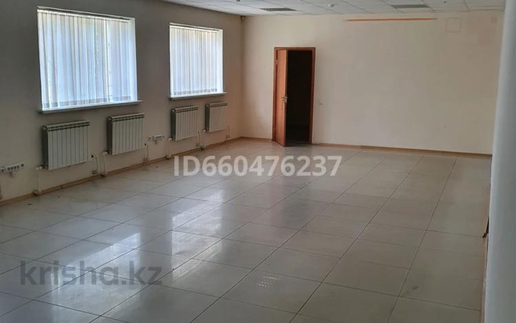 Магазин площадью 292 м², Урицкого 29 за 3 500 〒 в Павлодаре