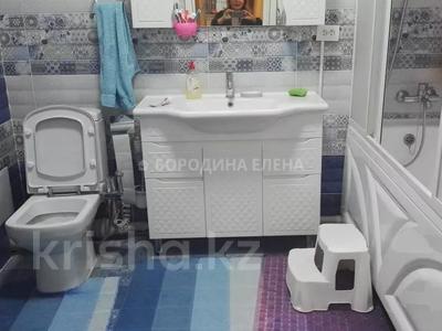4-комнатная квартира, 138 м², 3/15 этаж, Новои — Жандосова за 59.6 млн 〒 в Алматы, Ауэзовский р-н — фото 14