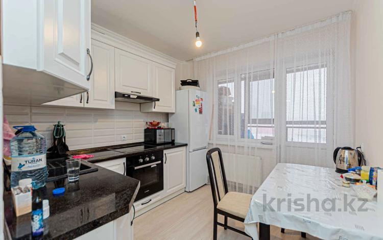 2-комнатная квартира, 62 м², 6/9 этаж, Абикена Бектурова за ~ 22.3 млн 〒 в Нур-Султане (Астана), Есиль р-н