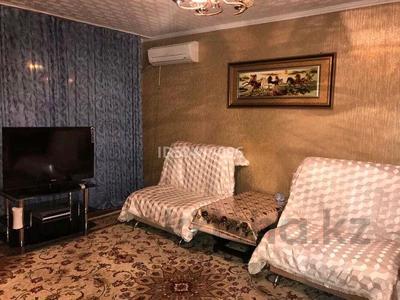 1-комнатная квартира, 60 м², 2/5 этаж посуточно, улица Мира 30 за 6 000 〒 в Жезказгане — фото 2