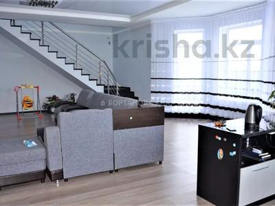 7-комнатный дом, 260 м², 10 сот., Саттара Ерубаева за 36.8 млн 〒 в Нур-Султане (Астана), Есиль р-н — фото 3