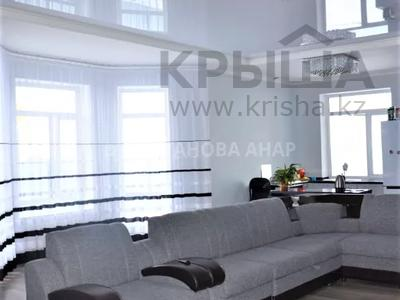 7-комнатный дом, 260 м², 10 сот., Саттара Ерубаева за 36.8 млн 〒 в Нур-Султане (Астана), Есиль р-н