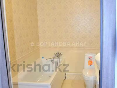 7-комнатный дом, 260 м², 10 сот., Саттара Ерубаева за 36.8 млн 〒 в Нур-Султане (Астана), Есиль р-н — фото 7
