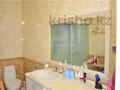 7-комнатный дом, 260 м², 10 сот., Саттара Ерубаева за 36.8 млн 〒 в Нур-Султане (Астана), Есиль р-н — фото 8