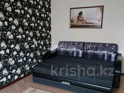 1-комнатная квартира, 35 м², 5/6 этаж посуточно, мкр 8 271 за 8 000 〒 в Актобе, мкр 8