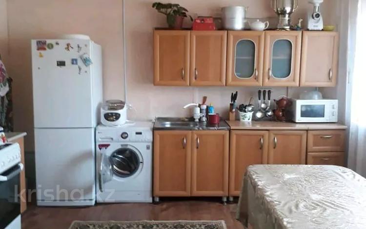 3-комнатный дом, 70 м², 8 сот., Центральная улица 24 за 4.3 млн 〒 в Усть-Каменогорске