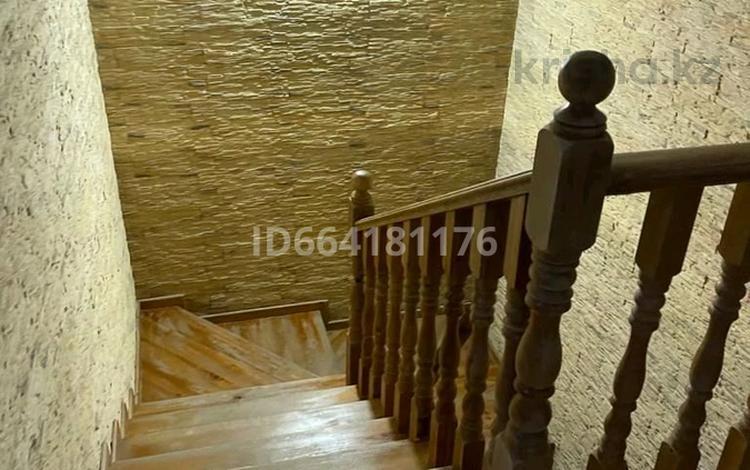 8-комнатный дом, 205 м², 8 сот., улица Наби Сарпекова 23 за 60 млн 〒 в Жаркенте