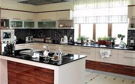 10-комнатный дом помесячно, 1200 м², 40 сот., микрорайон Комсомольский за 5 млн 〒 в Нур-Султане (Астана), Есиль р-н