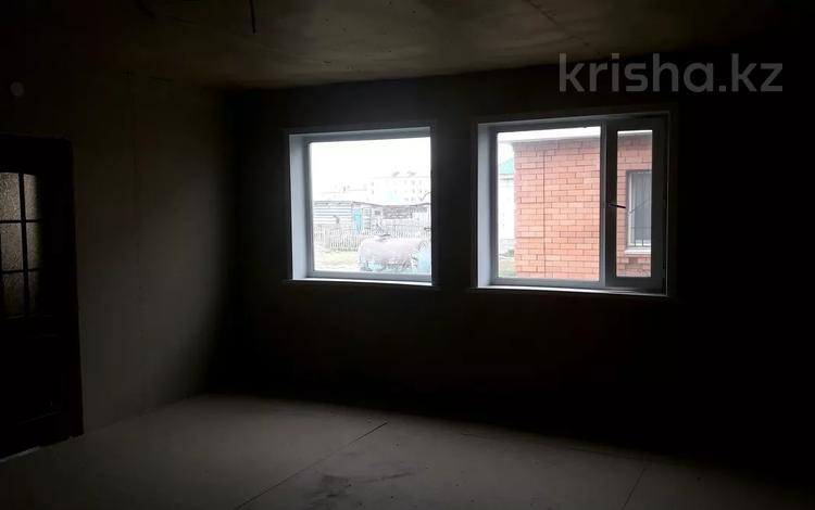 3-комнатный дом, 90 м², 5 сот., Микрорайон Северный 221 кв 1 за ~ 4.3 млн 〒 в