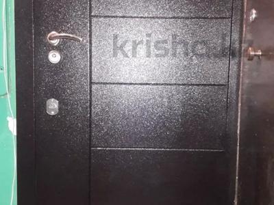 1-комнатная квартира, 31 м², 3/5 этаж, 14 мкр за 4.8 млн 〒 в Караганде, Казыбек би р-н
