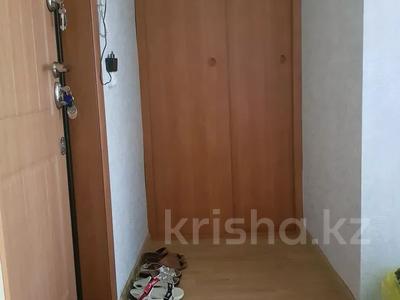1-комнатная квартира, 31 м², 3/5 этаж, 14 мкр за 4.8 млн 〒 в Караганде, Казыбек би р-н — фото 7